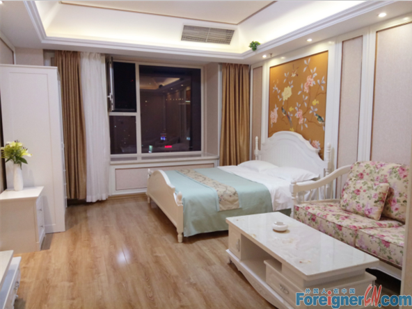 Studio apartment providing  a  a flexible lease in Youhao Square,Zhongshan District.