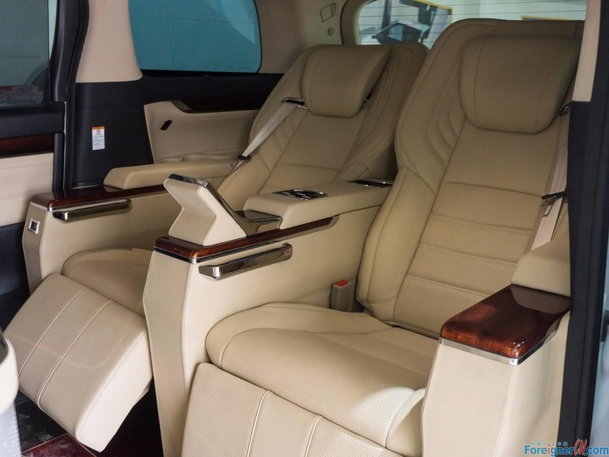 7 seaters (1)