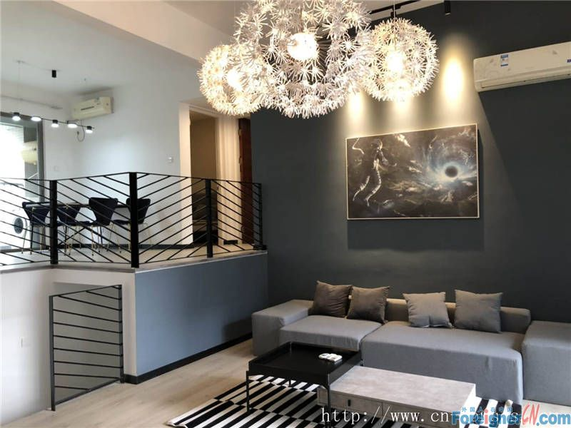 nice 4brs in Zhujiang New Town, fully furnished, nearby the metro station.