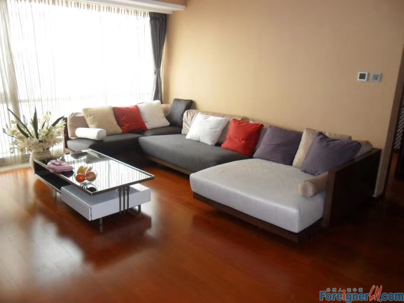 2 bed apartment for rent in Eton,Zhongshan District.