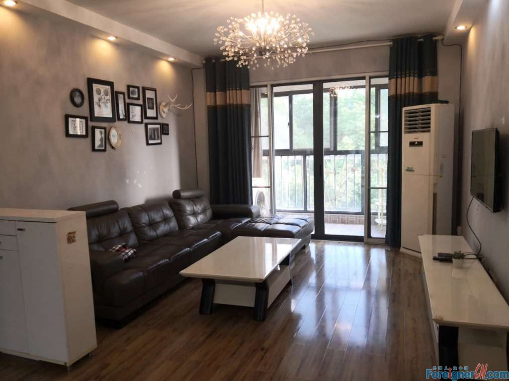 Nice price! Galaxy Centro-3 bedrooms-convenient location with easy access to popular shopping and living facilities-convenient traffic-beautiful and comfortable environment