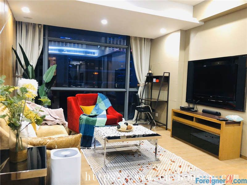 Cozy 2brs in Zhujiang New Town, fully furnished,High-grade community, new decoration.