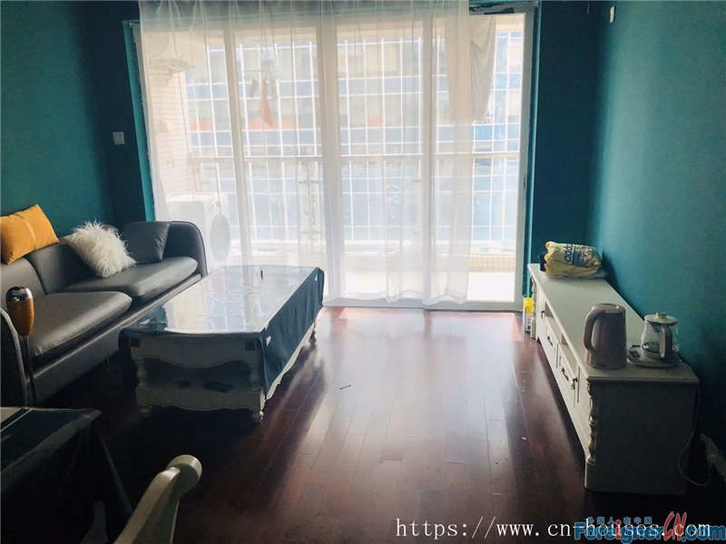 single room in Zhujiang New Town, fully furnished, new decorate, nearby the metro station.