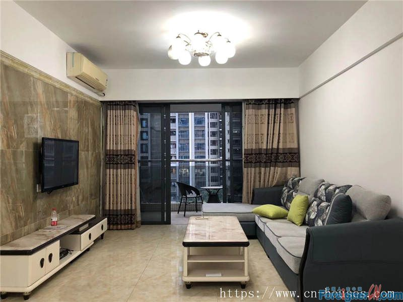 Cozy 3brs, fully furnished,  bright and clean,  nearby the metro station.