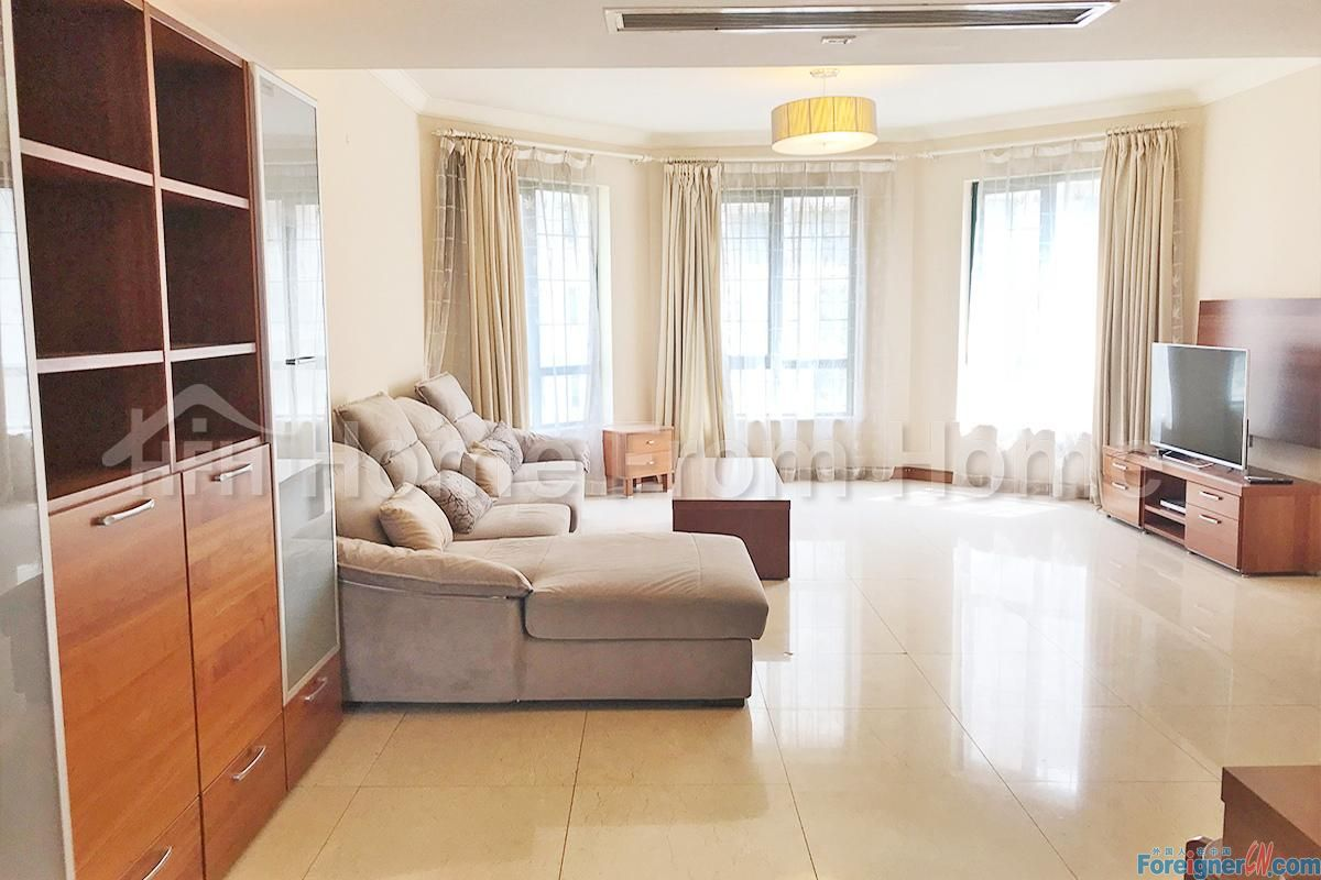 A HorizonResort /Spacious 4 Bedroom Apt with Parking Suzhou Center