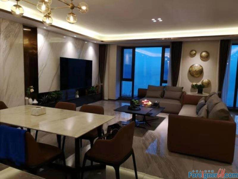 3 bed apartment for rent  in Donggang with nice sea view