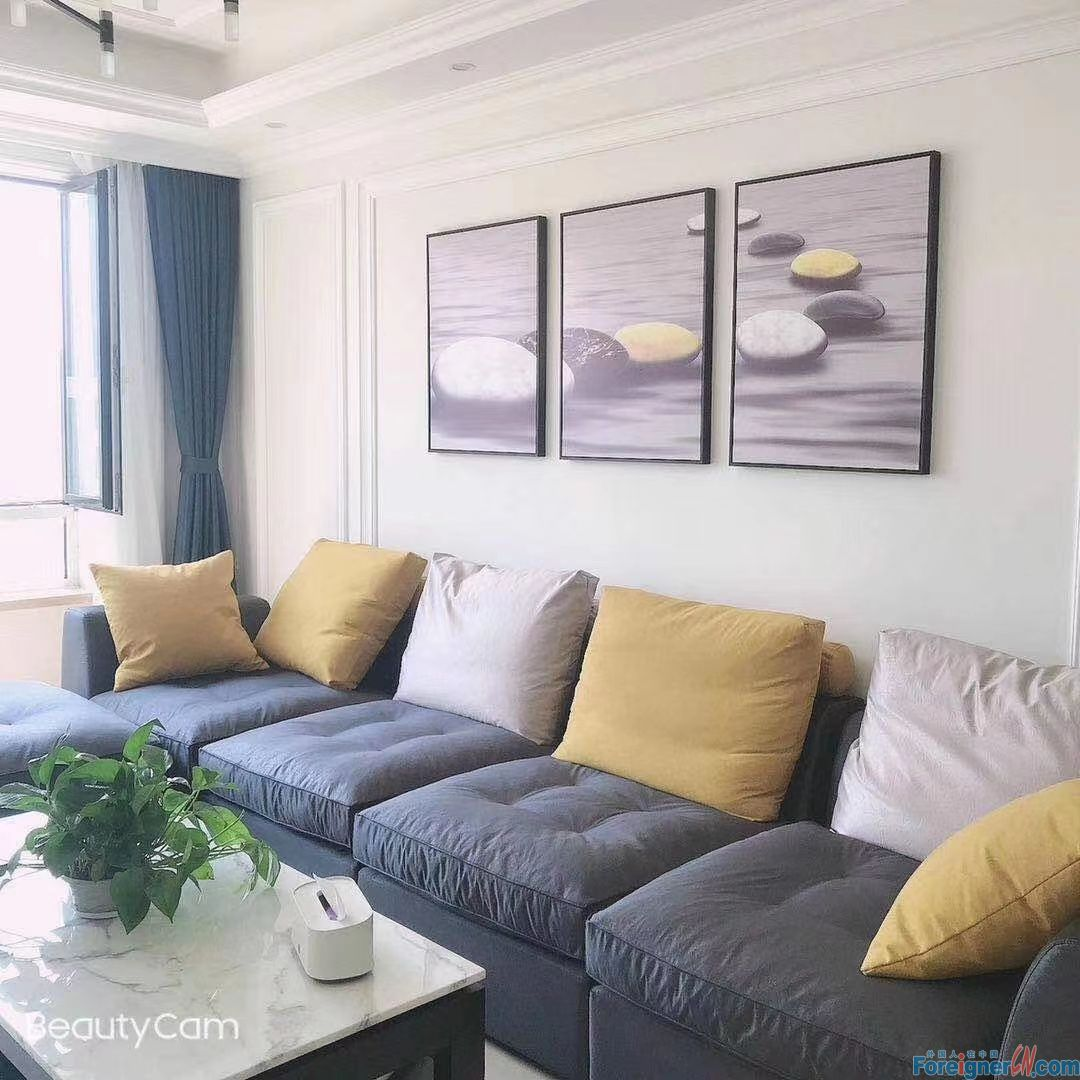3 bed apartment for rent  in Donggang CBD,Zhongshan.