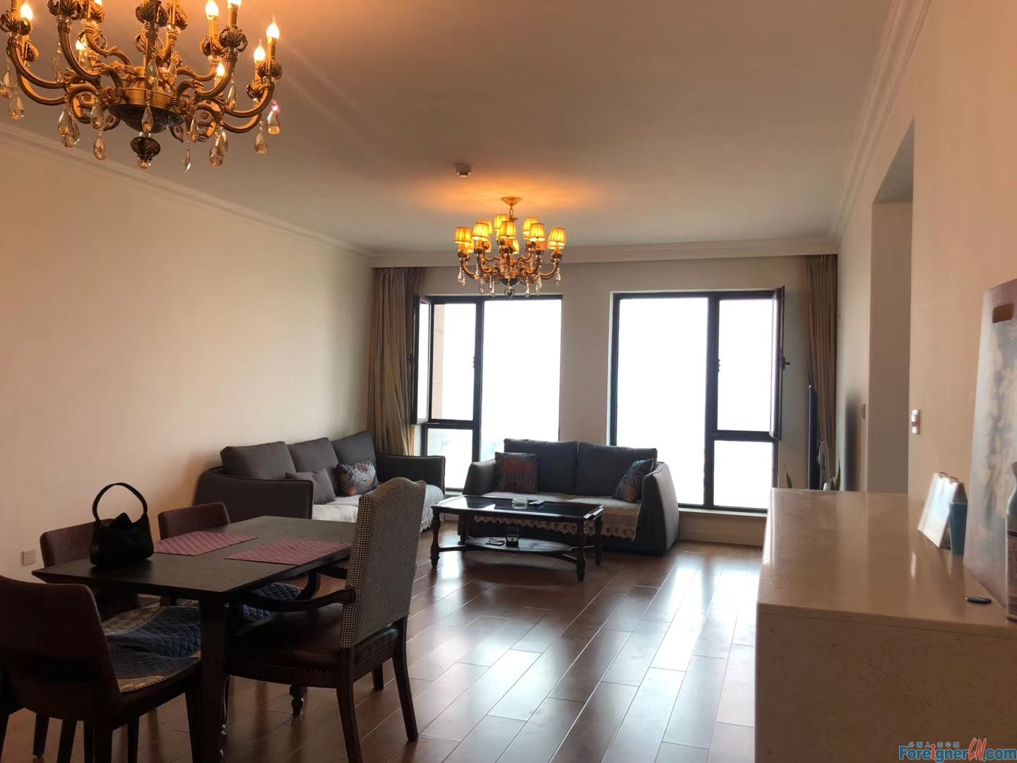 3 bed apartment for rent  in Donggang CBD.Zhongshan.