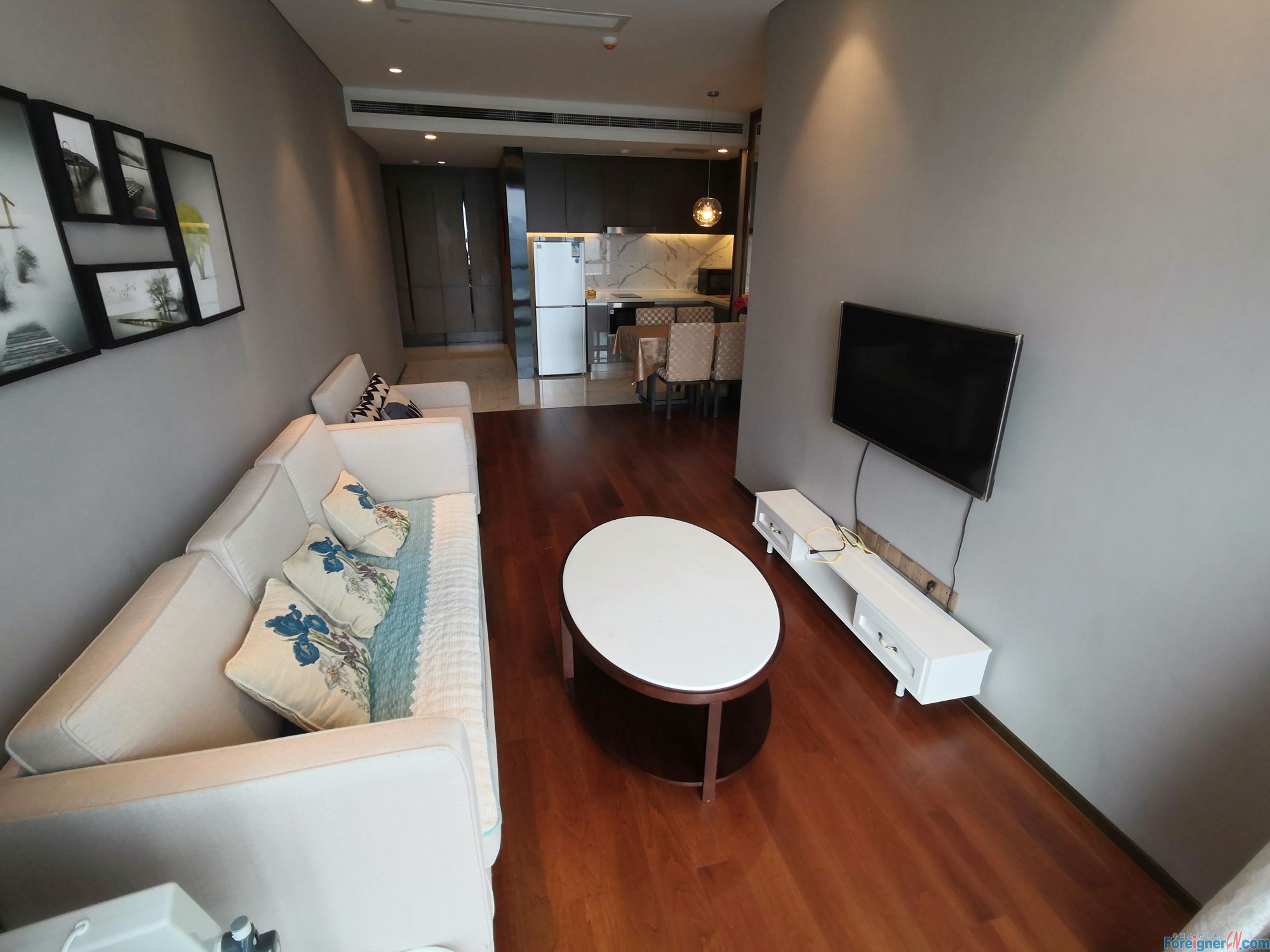 Find an apt in Suzhou-Times Square-1 bdr–elegant decoration-high floor- central AC-convenient traffic