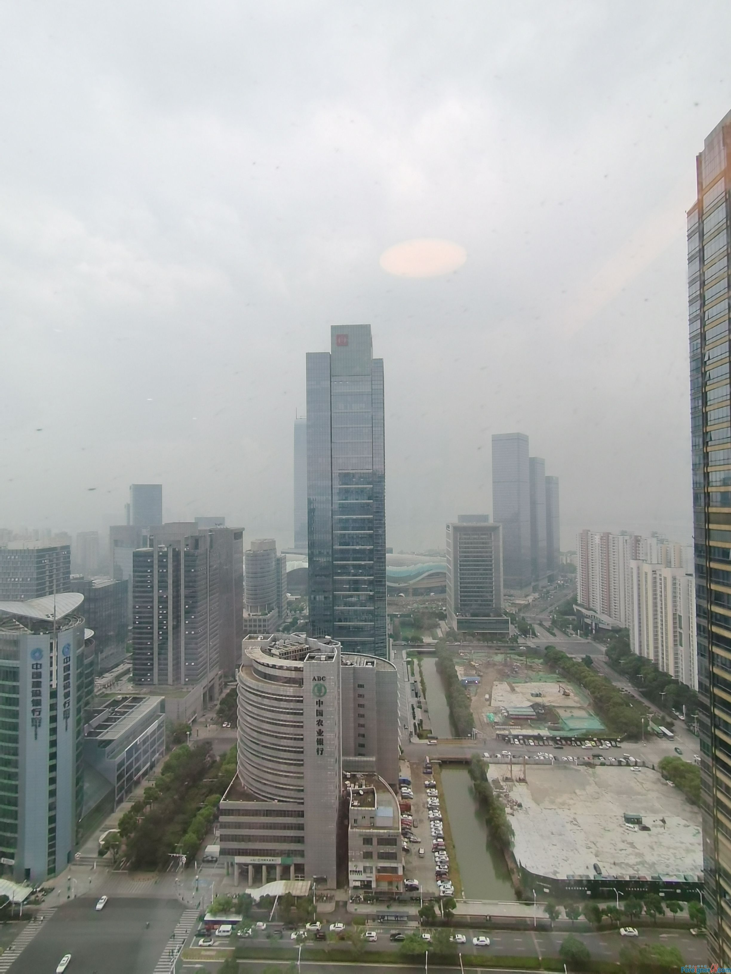 Wow-wow! search for an apartment in Suzhou–large terrace- High Floor-brand appliances-near metro -besides the CBD of SIP