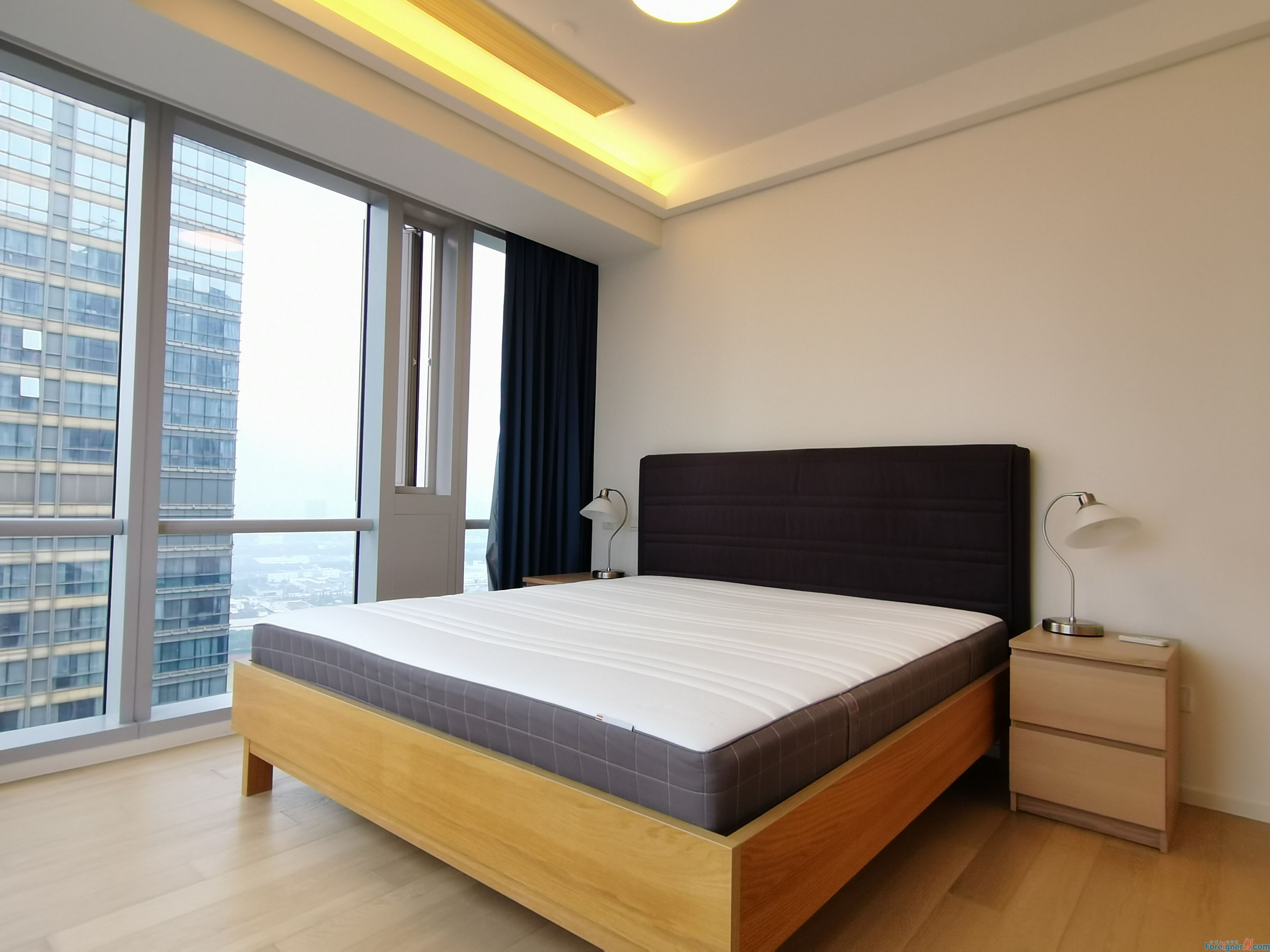 Wow-wow! The Pinnacle/Nearby Xinghai Square&Subway Line1/1 Bedroom&1 Bathroom/Fully Furnished/Modern American style