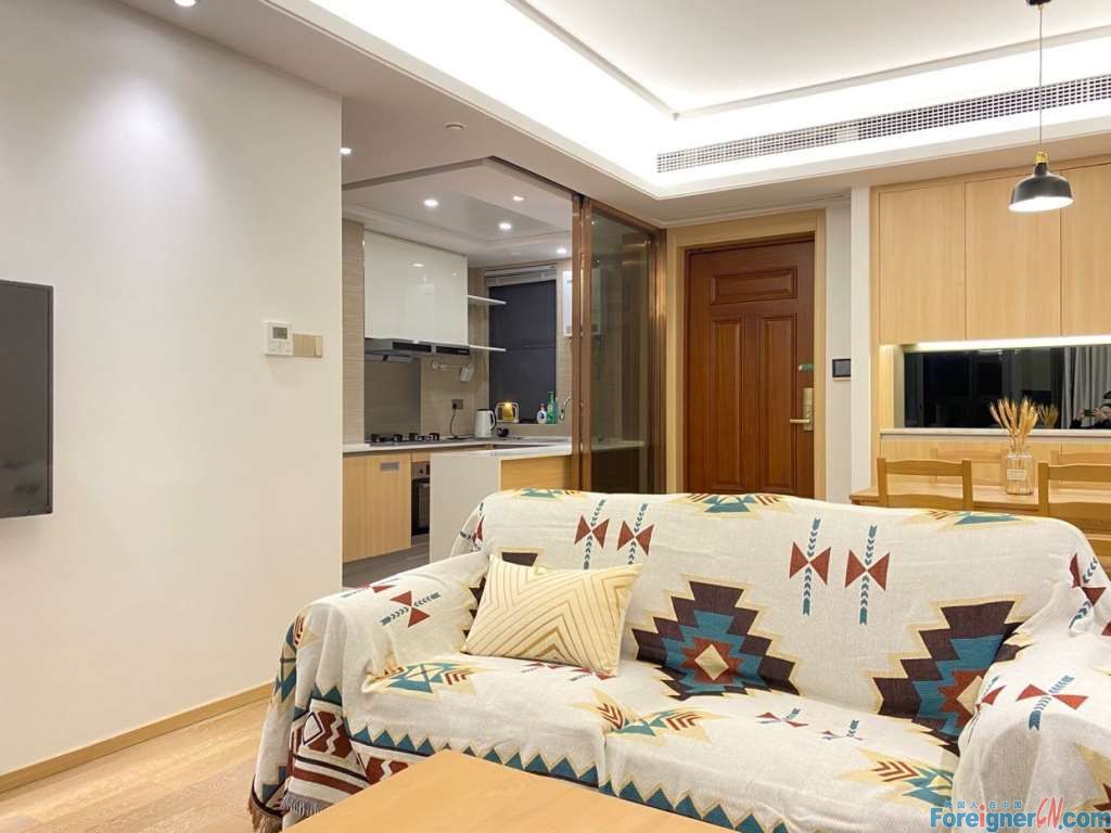 Amazing!!Seeking Inner Peace- 3 bdr and 2 bath; 99sqm /Central AC; Floor Heating and nice environment /Close to Dulwish and Olympic sports center