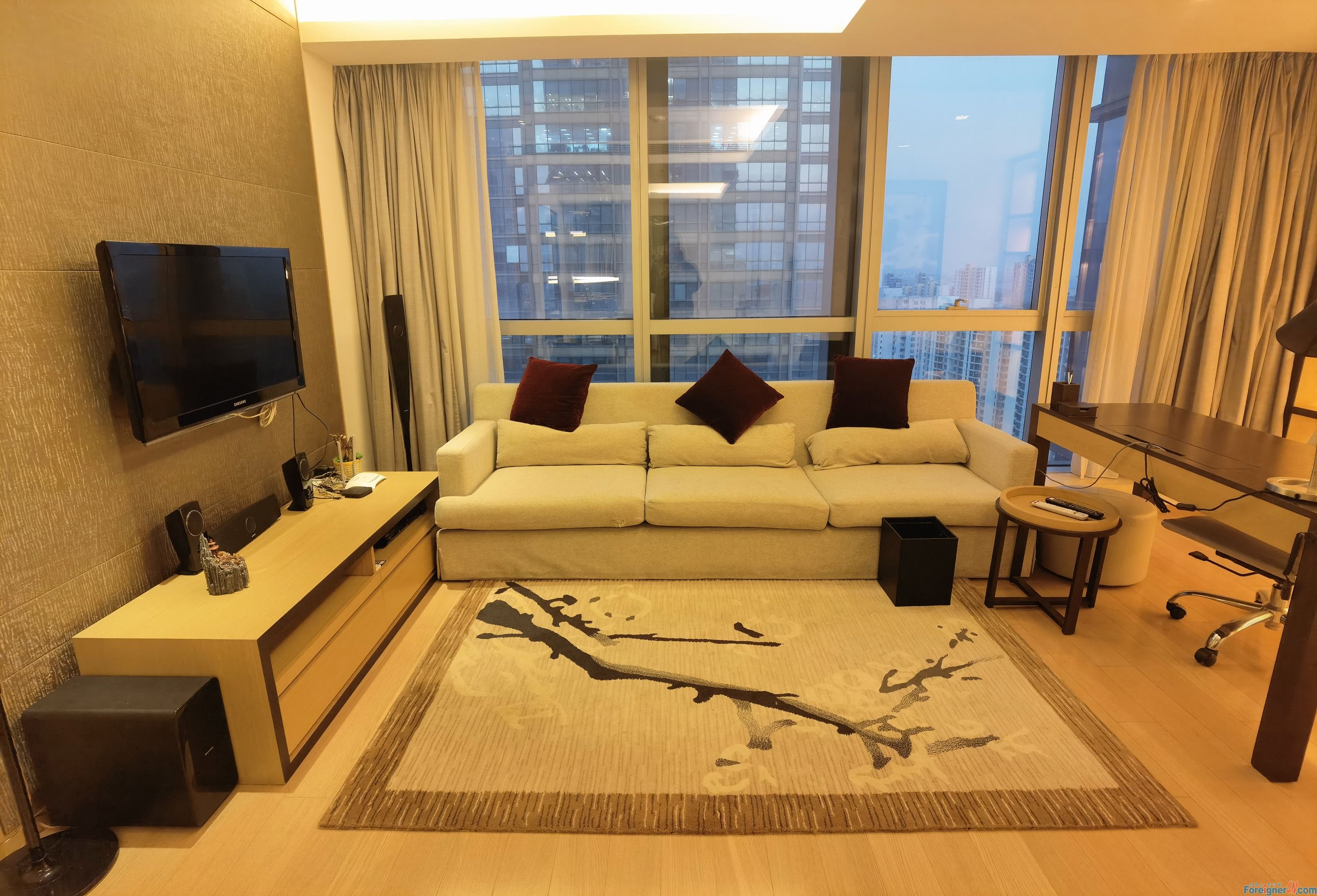 Apartments for rent in Suzhou -lots of light-cozy like home–central AC-close to business circle-nearby metro