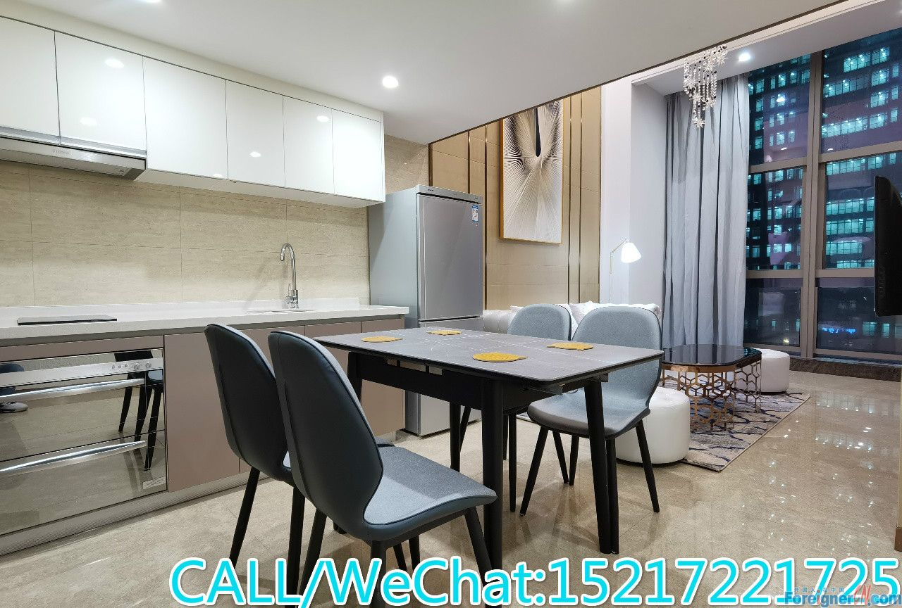 Modern loft new avaliable now,clean and bright,good condition,almost new building,CBD AREA,super convenient.