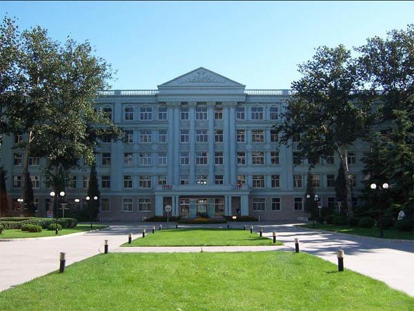 北京信息科技大学1