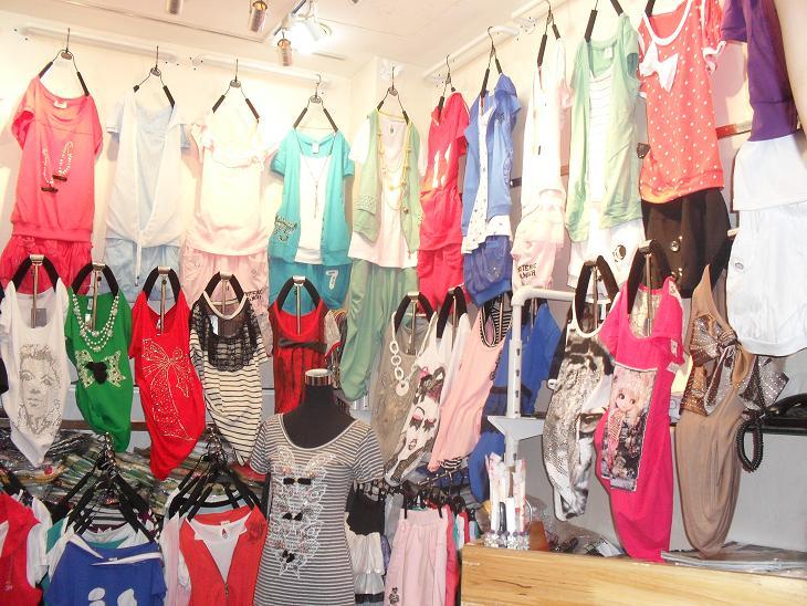 Qipu Lu Clothing Market-2