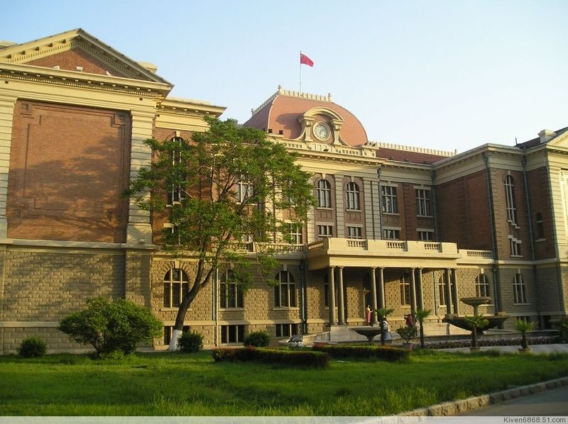 Tianjin Foreign Studies University-4